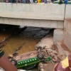 PHOTO: Taxi driver plunges into canal in Abeokuta